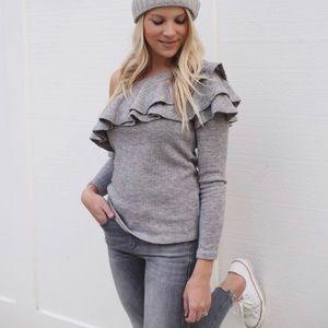 STOREE One Shoulder Ruffle Sweater Size Medium